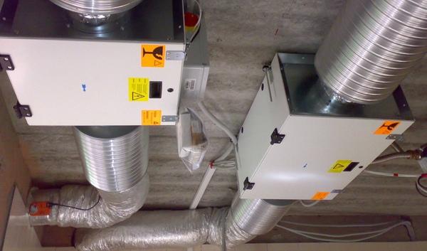 Вытяжные блоки обработки воздуха в загородном доме